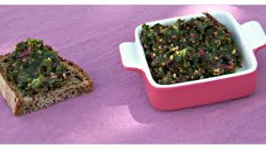 comment cuisiner les feuilles de betterave farfalles au pesto de fanes de betteraves recette par lucile