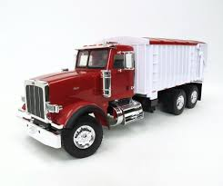 1/16 BIG FARM Toy Peterbilt 367 Truck With Grain Box