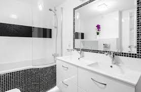 dusch badewanne badewannen mit integrierter dusche kombiniert