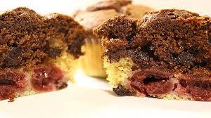 schoko vanille muffins mit kirschen
