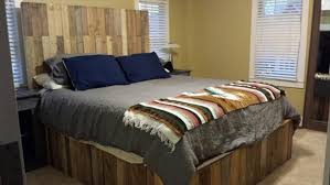 Wooden Pallet Bed Frame Coffee Table – Glamorous Bedroom Design
