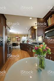 interior design moderne küche esszimmer vt stockfoto und mehr bilder ahorn