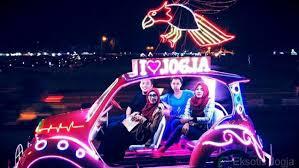 10 Alasan Wajib Piknik Ke Alun Selatan Yogyakarta Pada Malam Hari