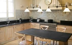 cuisine en bois cuisine contemporaine en bois massif en plaqué bois en bois