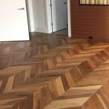 Herringbone Pattern Vinyl Plank Flooring Twobiwriterscom