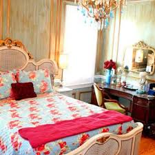 Disney Princess Bedroom Furniture by You Afford A Disney Princess Bedroom Disney 39 S Cheapskate