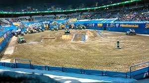 Monster Jam Milwaukee Dune Buggies 2015 - YouTube Monster Jam Truck Tour Providence Tickets Na At Dunkin Sthub Milwaukee Dune Buggies 2015 Youtube The Ultimate Take An Inside Look Grave Digger Delivers Energy To Valley Wi 2016 Bmo Harris Bradley Center Blog Archives Announces Driver Changes For 2013 Season Trend News More Trucks Wiki Fandom Powered By Wikia 142 Best Trucks Images On Pinterest Jam Big