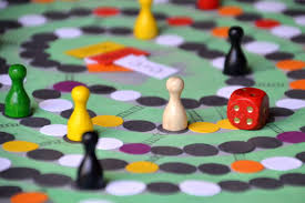 How To Play The Win Lose Or Draw Board Game