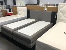 boxspringbett stoff grau led beleuchtung schlafzimmer