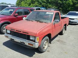 100 1991 Nissan Truck Shor Normal Wear Damage 1N6SD11S1MC302238 Sold