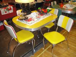 Vintage Chrome Formica Dinette Set With Leatherette Chairs
