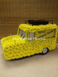 3D Del Boy Trotters Van Wreath Made In Flowers For Funerals