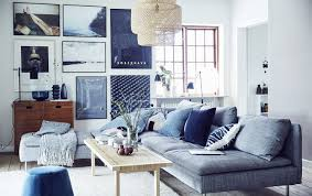 a blue white and grey living room wohnzimmer gestalten