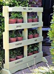DIY Ideas Using Wood Pallets 3