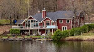bord de l eau à vendre résidence de prestige au lac poulin