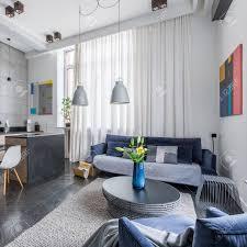 new style multifunktionale wohnung mit wohnzimmer und küche kombiniert