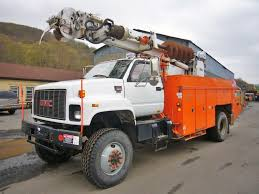 100 Derrick Truck 2001 GMC C8500 AWD Single Axle Digger For Sale By Arthur