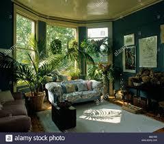 80er jahre stil wohnzimmer interior stockfotografie alamy