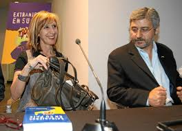 Antonio Robles junto a Rosa Díez, portavoz de UPyD