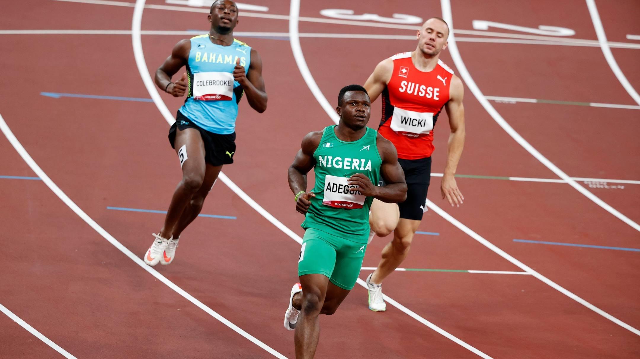 Adegoke wins 100m Heat 2, qualifies for Olympic semis ahead of Bromell